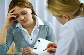 девушка на приеме у врача