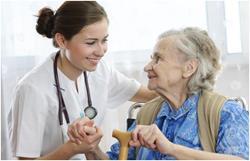 врач и старушка